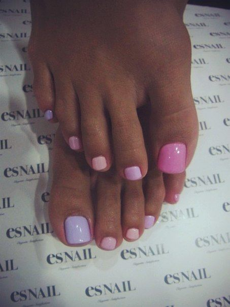 pinks & purples pastel pedicure