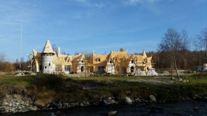 Castelul de Lut Valea Zanelor - Căutare Google