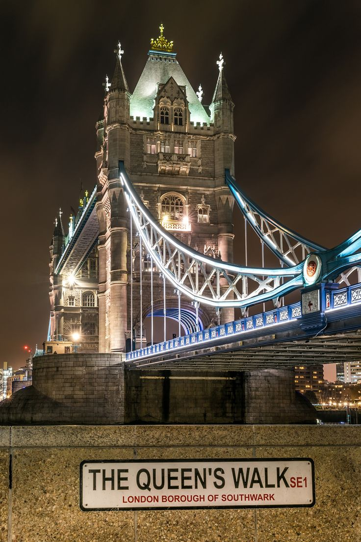 Night lights queens walk london - 216 Best Images About London On Pinterest Big Ben Tattoo London And Big Ben London