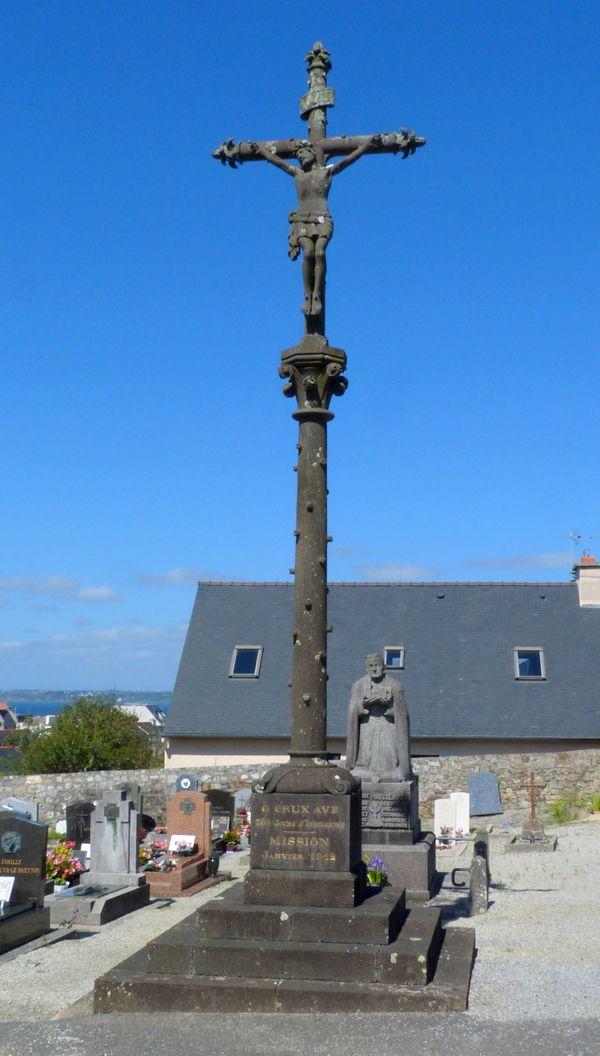 Calvaire cimetière de Camaret sur Mer