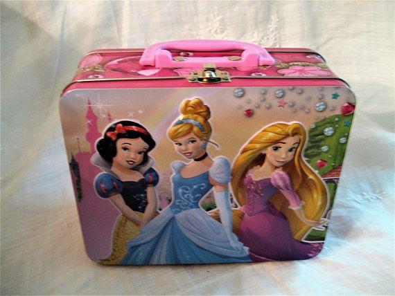 Disney Princesses Metal Lunch Box Snow White Cinderella &