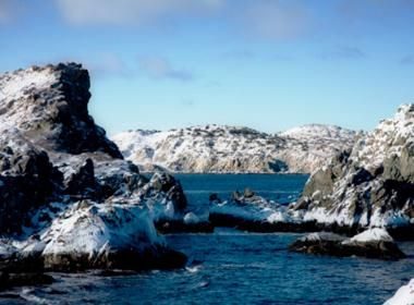 Greatest Hikes in Canada:  Twillingate, NFLD and Labrador. Twillingate is the iceberg capital of the world!  This engaging corner of NFLD  Labrador gives hikers plenty of postcard worthy moments. Catch an iceberg floating by, pick autumn blueberries along the hiking trails or spot a passing whale-just be sure to add a camera to your hiking necessities when you visit this east coast gem.