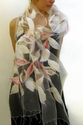 I really wanted to buy one of these when I was on Granville Island, B.C. #Alarte Silks