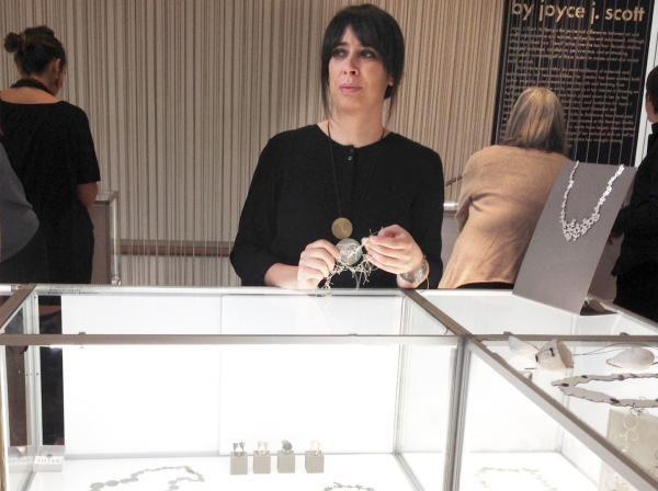 Joias de Liliana Guerreiro à venda no Museu de Arte e Design de Nova Iorque