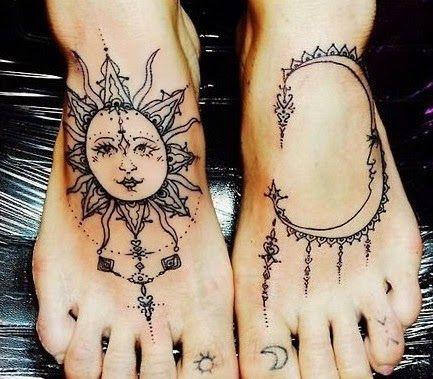 Tatouage soleil sur le pied type oriental https://tattoo.egrafla.fr/2015/10/05/modele-tatouage-femme-soleil/