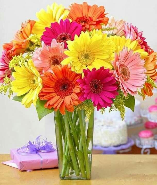 С добрым утром, друзья! Всем яркой и приятной пятницы!!!
