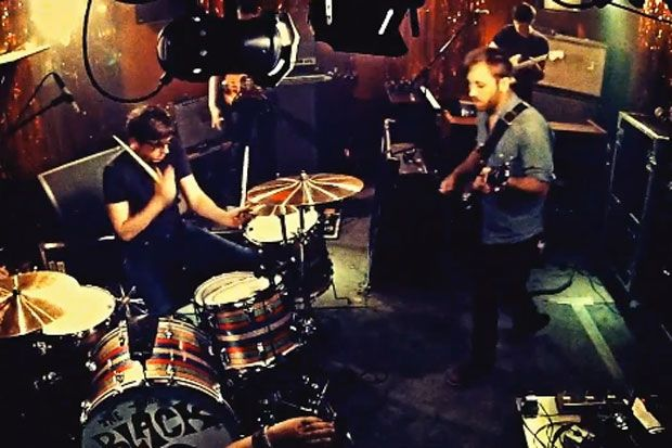 The Black Keys – Little Black Submarine | Video