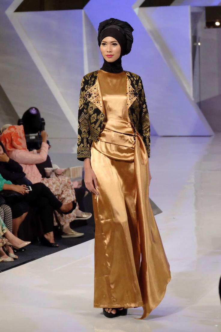 Lavi by laila ayu , songket , tenun lombok , songket lombok, Jogja Fashion Festival 2017