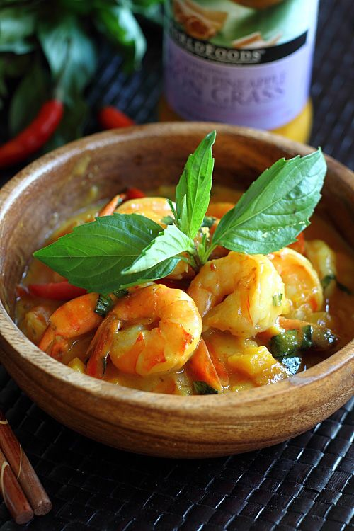 Cambodian Lemongrass Shrimp recipe - Someone made this shrimp dish with World Foods Indochina Cambodian Pineapple Lemon Grass Stir-Fry Sauce.  As it's an instant sauce, someone dressed things up a bit—some coconut milk, bird's eye chilies, and basil leaves to complete the taste. #shrimp #30-minutemeals #lemongrass