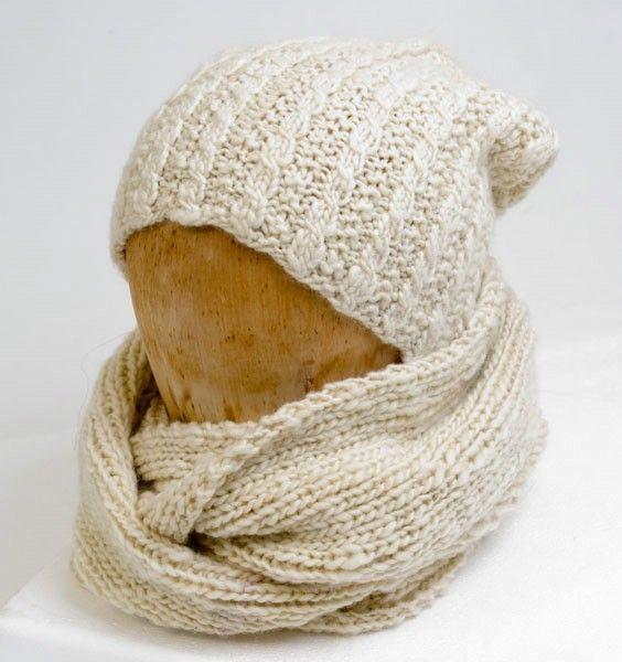 Stickmönster till mössa med pös & tubhalsduk i Manos Wool Clasica