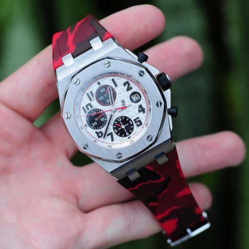 Red Camouflage Rubber Strap On The AP Panda