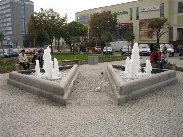 http://www.watersystem.com.pl/fontanny/nasze_realizacje/fontanny_nieckowe,p631136848