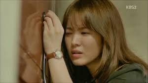 Is the door feeling unwell? (Song Hye Kyo)