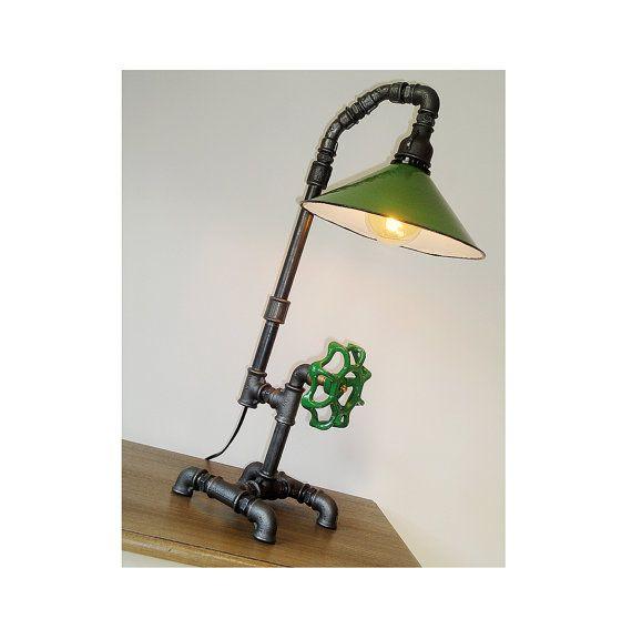 Buis Lamp stijl schaduw industriële Upcycled door HandMadeProjects4u