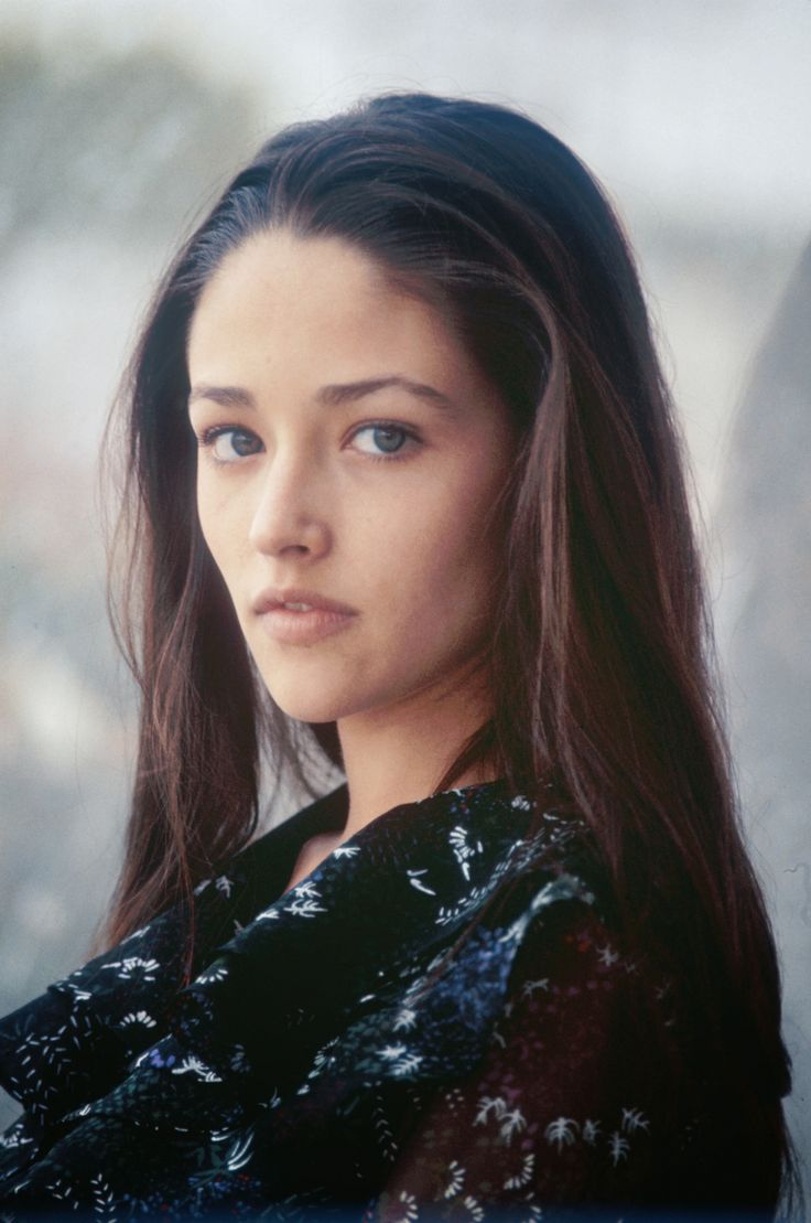 1000+ images about Olivia Hussey on Pinterest | Beautiful ... Olivia Hussey