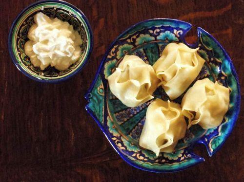 Uzbekistan food - Manti with suzma