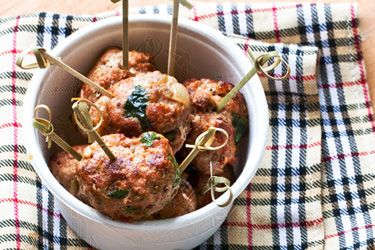 Pork, fennel and chilli meatballs
