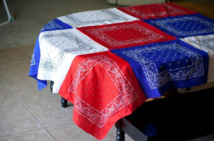Patriotic Bandana Tablecloth -for 4th of July!: Tables Clothing, Fourth Of July, Bandanas Tablecloths, Red White Blue, Cute Ideas, 4Th Of July, Picnics Tables, July 4Th, Patriots Bandanas