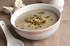 Mantar D vitamini içeren az sayıdaki bitki kaynaklı besinler arasında yer alır. Mantar çorbası çocuklar için lif açısından zengin bir çorbadır.