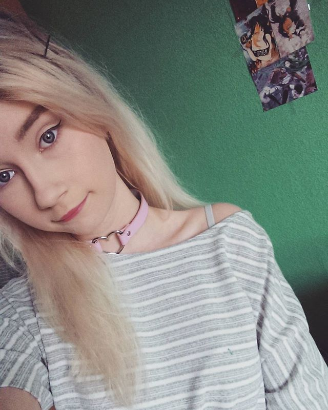 17 Best Ideas About Blonde Girl Selfie On Pinterest