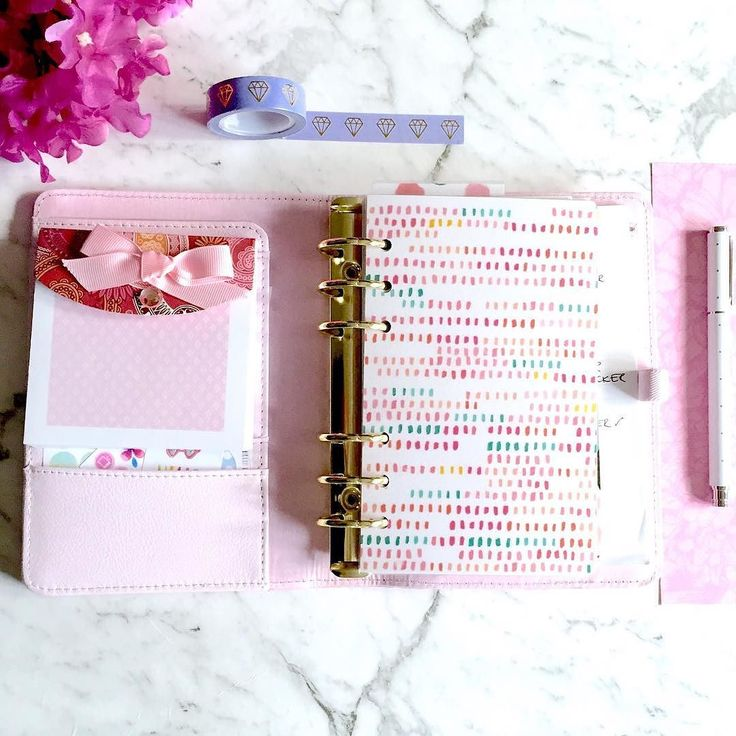 New dashboard and dividers in my Lavender Kikki.k.