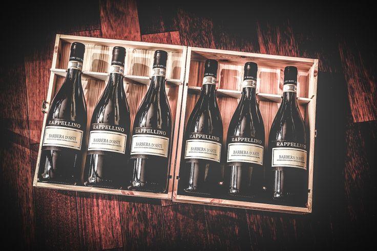 Gdybym zdecydował się kiedyś na napisanie winnego pamiętnika, to temu winiarzowi z Piemontu poświęciłbym z pewnością cały rozdział, a może nawet i dwa. http://exumag.com/dario-rappellino-maly-winiarz-z-wielkim-sercem/