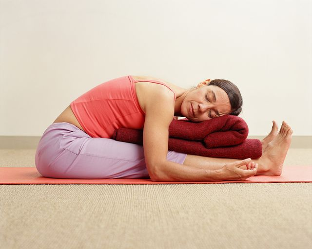 Restorative yoga is a relaxing style of yoga that is intended to be healing and nurturing for the body. Here's what to expect from this type of class.