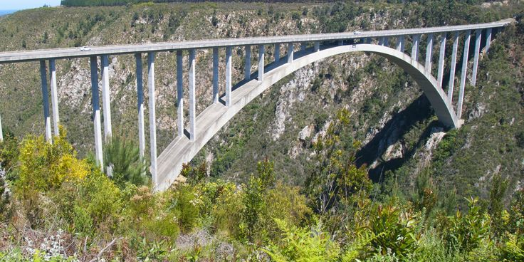 #mondaymotivation South Africa is home to the worlds highest commercial bungy jump, called the Bloukrans bridge bungy. Located in the Tsitsikamma.  Go on a Garden Route tour and bungy jump off this bridge - https://www.afritrip.com/6-day-garden-route-splendour/