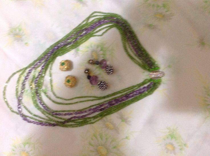 Collana multi fili di peridoto e ametista