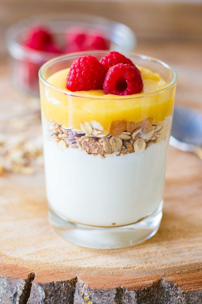 Muesli lemon curd ontbijtglaasje - Zoetrecepten