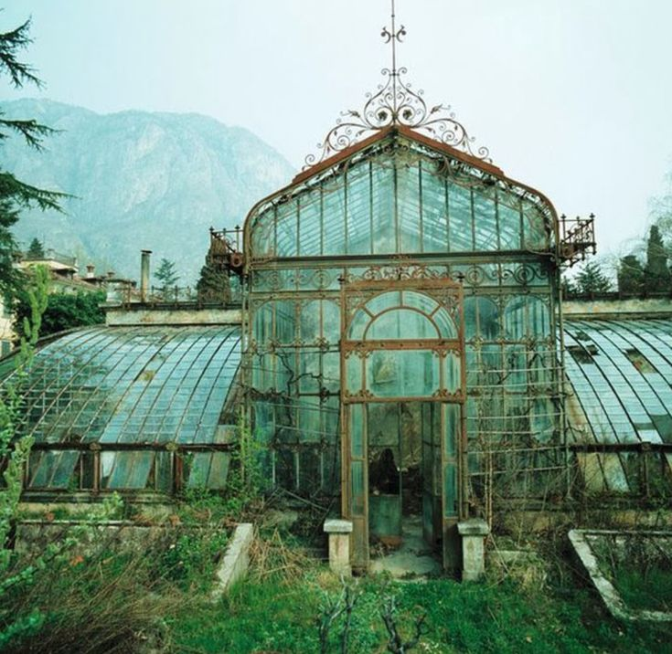 Abandoned Victorian-style Greenhouse, Villa Maria, In