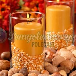 Szklanka trochę kukurydzy i świeczka = fajna ozdoba na stół