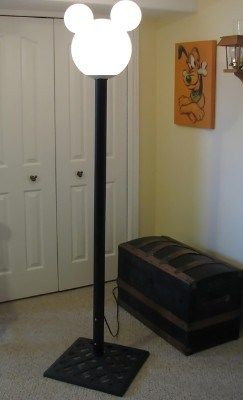 how to make a mickey mouse lamp post - instructions.