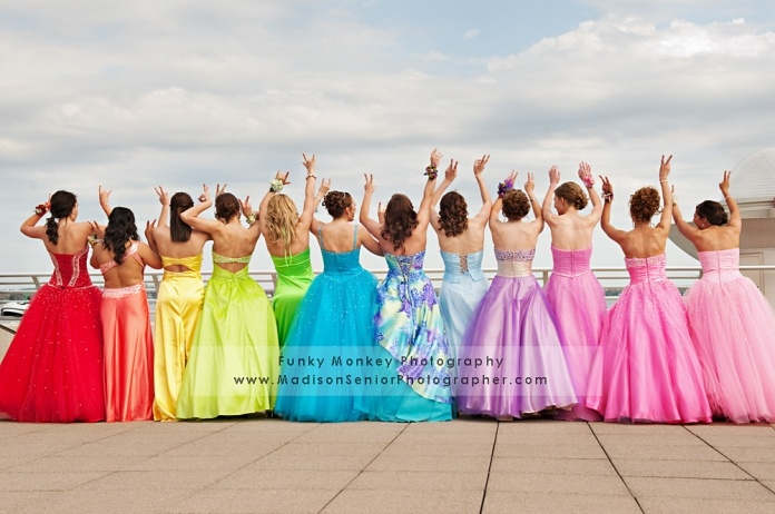 Awesome idea for prom pictures! love the rainbow dresses!! <3