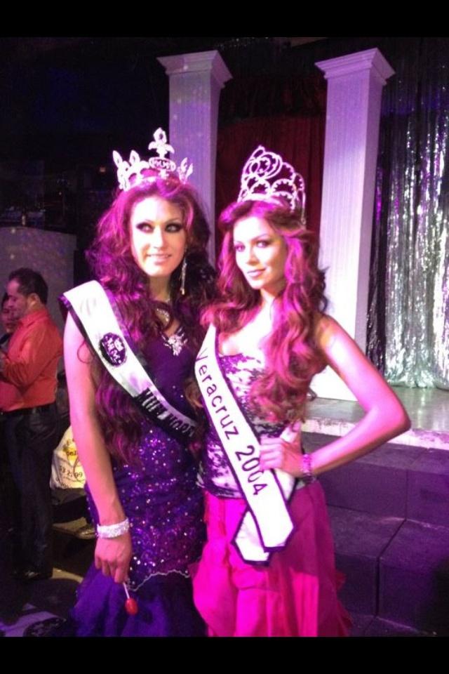 Melina Robert & kimberly Loucherman Reyna de Veracruz 2004 y Morelos 2012