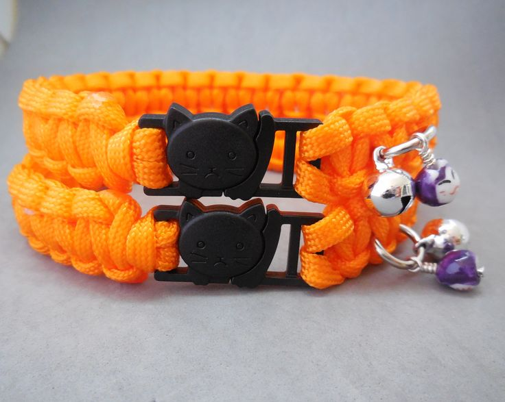 Paracord Big Cat Safety Collars for large breeds such as Maine Coon, Himalayan, etc. Breakaway buckle alleviates the need for perishable elastic strip. Each Casa di Gata collar comes with a bell and Maneki Neko bead or cat charm. Buy here: http://stores.ebay.com.au/casa-di-gata-house-of-cats
