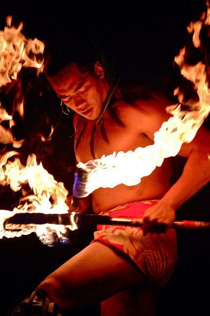 Hawaiian Fire Dancers | hawaii_fire_dancer