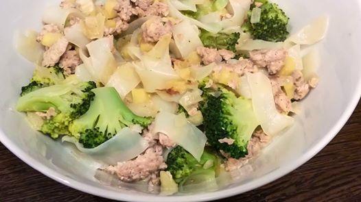 Brokkolis-csirkés NoCarb lasagne tésztából   Klikk a képre a receptért!