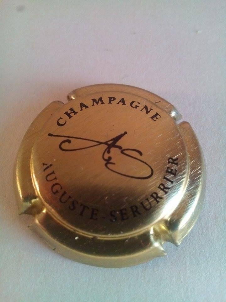 Capsule de champagne AUGUSTE-SERURRIER bouteille ref c142