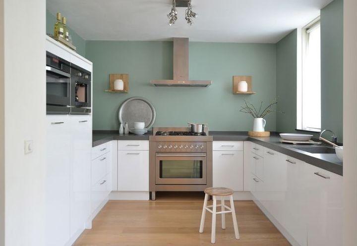 Een gekeurde wand in de keuken geef meer leven