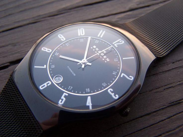 Thin & sleek. Blue face Skagen watch