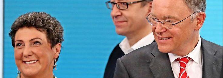 Die Spitzenkandidatin von Bündnis 90/Die Grünen, Anja Piel (links), der Spitzenkandidat der FDP (Mitte), Stefan Birkner, und Niedersachsens Ministerpräsident Stephan Weil (SPD).