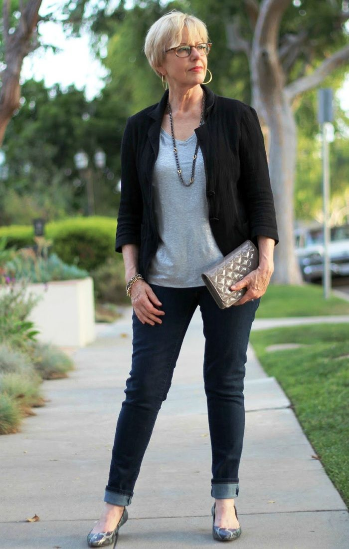 Fashion tips for ladies over 50 27