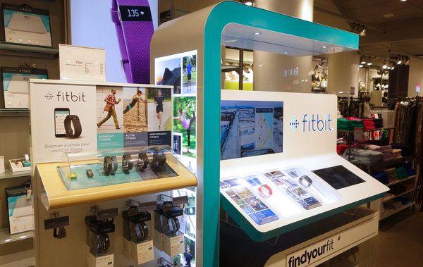 Ouvert par Macy's en septembre pour attirer la Génération Y, le sous-sol du grand magasin newyorkais regorge de dispositifs numériques. Visite en images.