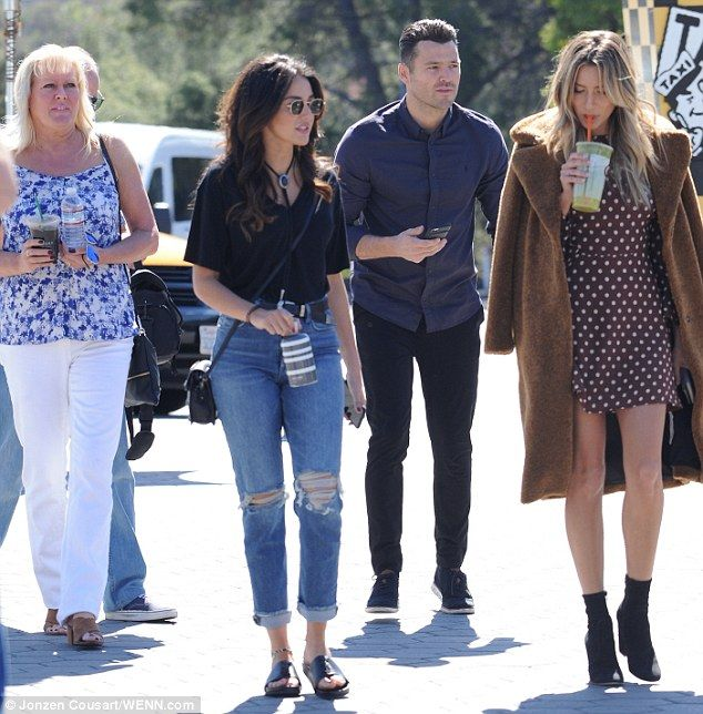 Michelle Keegan visits hubby Mark Wright on set of Extra in LA   Daily Mail Online