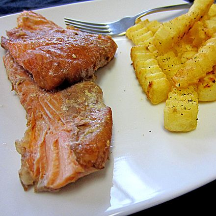 Smoked honey ginger salmon recipe baked sweet potatoes for Honey smoked fish