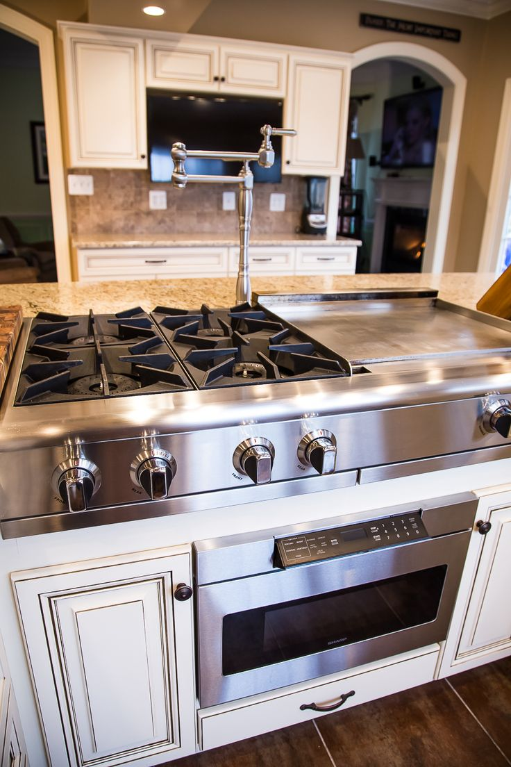 kitchen island with hibachi grill