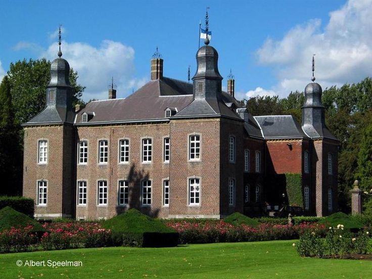 Kasteel Hillenraad / Hillenraedt / Hillenrade te Boukoul / Limburg Nederland