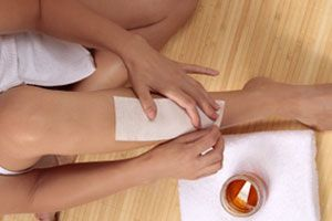 The Dos and Don'ts of At-Home Waxing...sounds interesting but not sure if I can handle the pain.