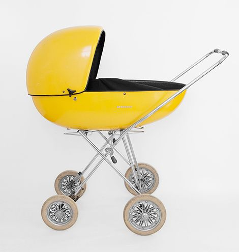 Het is vintageweek op woonblog: met een futuristische kinderwagen, wereldbol, vintage pootjes en heel wat bijzettafeltjes  / www.woonblog.be